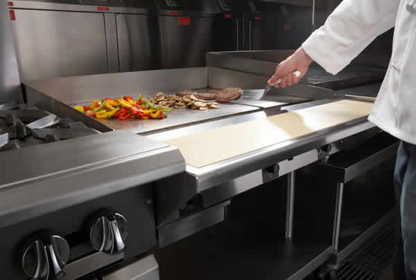 all restaurants have a flat top grill